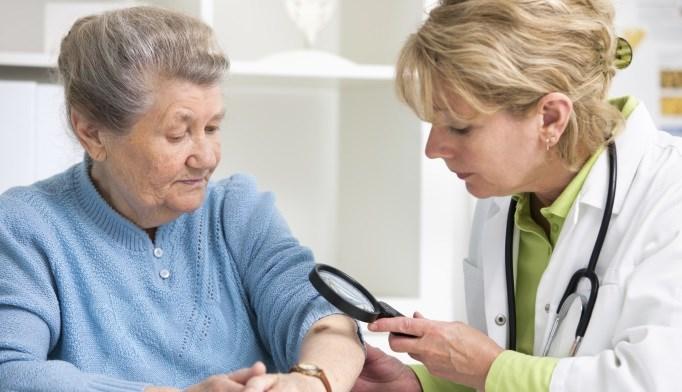 Adjuvant Therapy With Dabrafenib Plus Trametinib May Provide Benefit in Melanoma