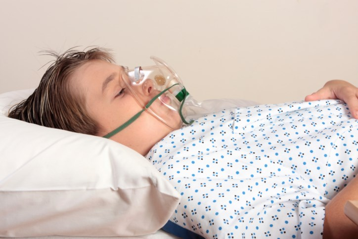 Childhood cancer survivors exposed to therapies that cause pulmonary dysfunction are associated with