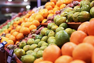 Consumption of Citris Fruits Tied to Increased Melanoma Risk