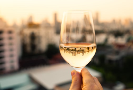 Some data point to a link between white wine and melanoma, though this link is inconclusive.