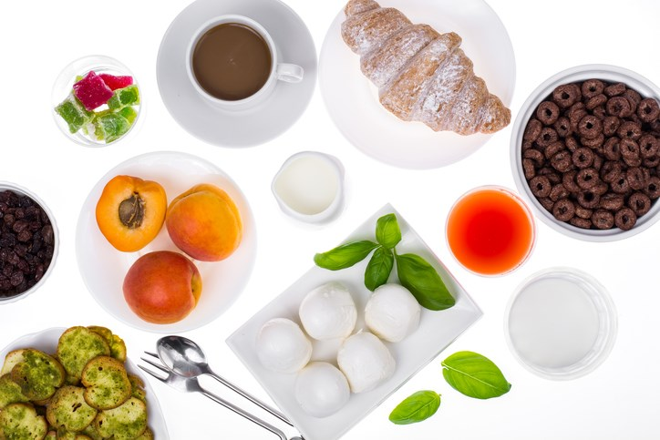 For this prospective study, researchers evaluated dietary and mortality data from 1575 health care professionals with stage I to III CRC.
