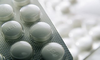 Metformin Use Linked with Lower Colorectal Cancer Risk