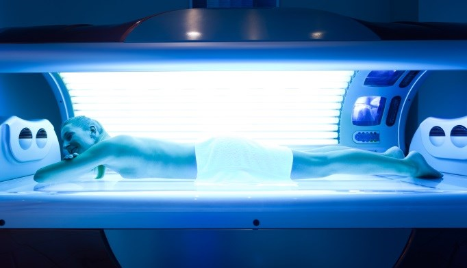 The use of tanning beds and/or booths and their availability in gyms may increase the frequency of indoor tanning for physically active adults, a combination that further exacerbates their risk for me