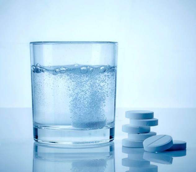 Aspirin Use Does Not Reduce Risk of Colorectal Cancer Recurrence