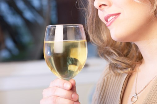 Prediagnostic consumption of wine by patients with colorectal cancer is associated with improved survival.