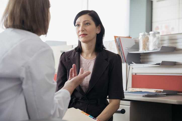 An individualized breast cancer screening strategy for women