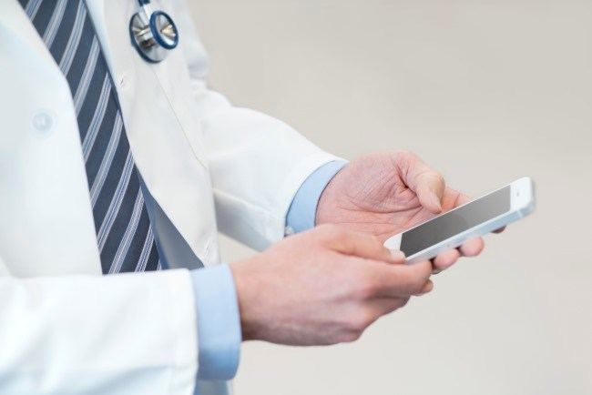 Mobile Technology Is Useful in Collecting Patient-Reported Outcomes