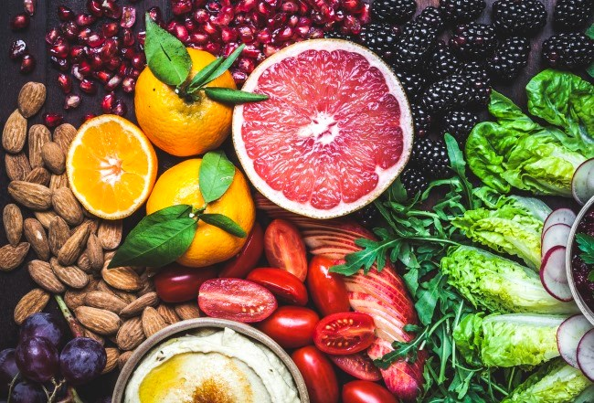 Is a higher frequency of organic food consumption correlated to a lower risk of cancer?