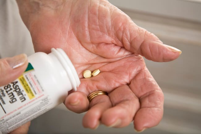 This fact sheet evaluates the data that suggest that aspirin can reduce the risk of liver and ovarian cancers.